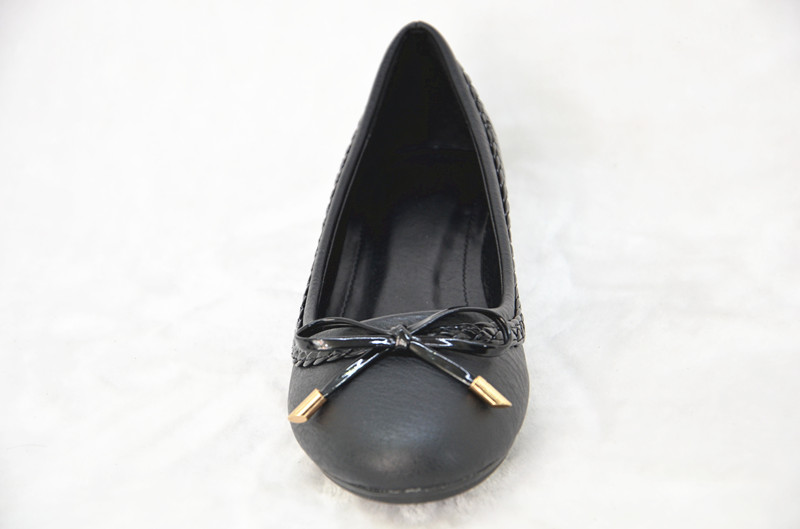 bow design wholesale price casual flat woman PU shoes,black slip on lady footwear
