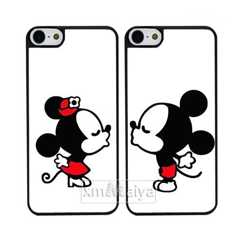 Imagenes De Mickey Mouse Besando A Minnie