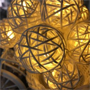 Brilliant Lights Beautiful Decoration Solar Water Drop Fairy String Lights Perfect For Xmas Wedding Home Decorations