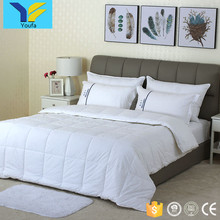 Wholesale soft white home hotel bedding comforter sets luxury king size microfiber comforter