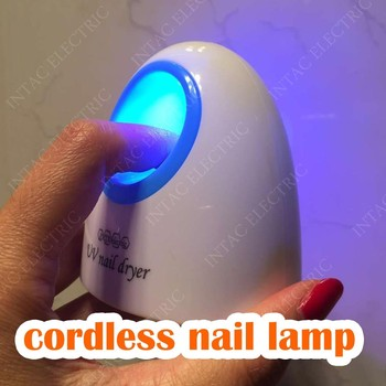 Cordless LED nail lamp