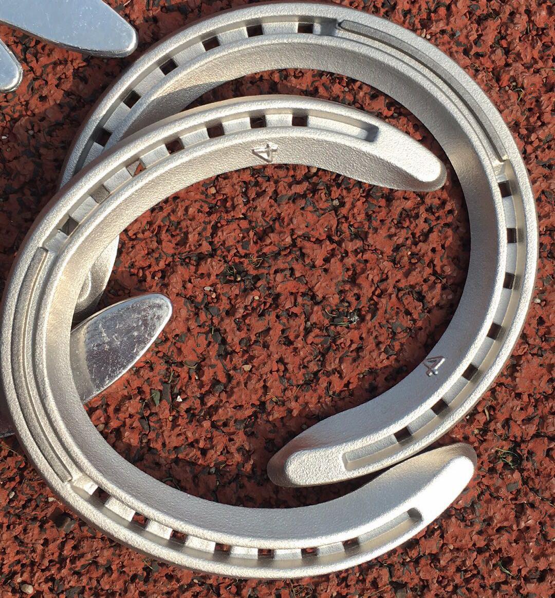 Горячая распродажа оптовые легкие алюминиевые подковы