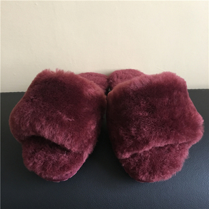 Thick sheepskin lining Rubber Sole sheepskin moccasin slipper