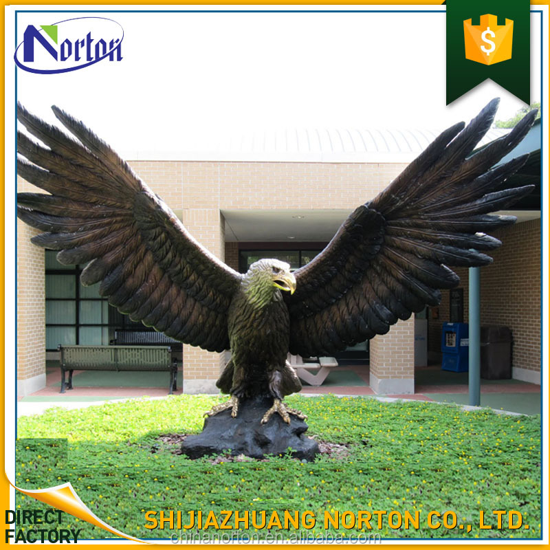 Handmade Art Craft Fiberglass Large Eagle Statue For Garden Decor NT FS359K