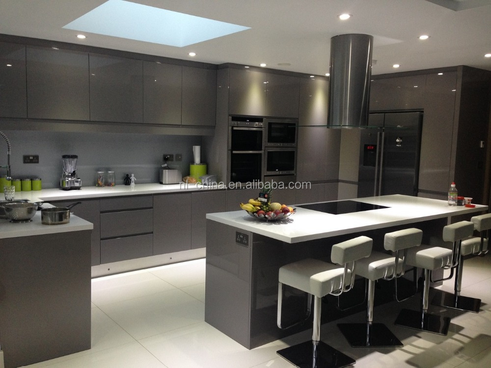 Modern high gloss kitchen furniture white luxury modern for Modern kitchen furniture images