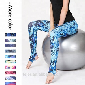 2018 New Fashion 3D printed women yoga pant running sport legging