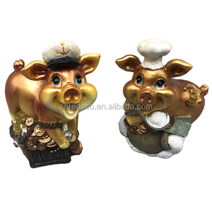 Wholesale new year resin pig souvenirs for home decoration