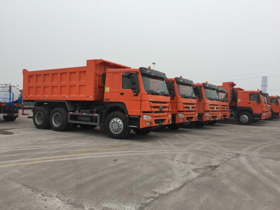 China Heavy 10 Tires Volume Sand 25 Ton Tipper Truck Dump