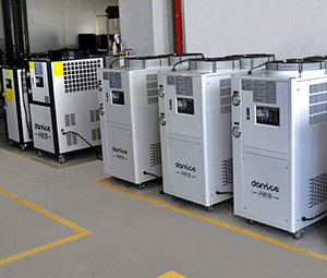 China manufacturer food grade cooling chilling r404a industrial water chiller with long life