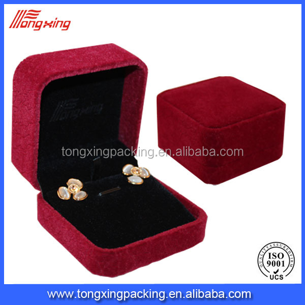 hot-sale craft & soft material red velvet jewelry box pvc plastic box
