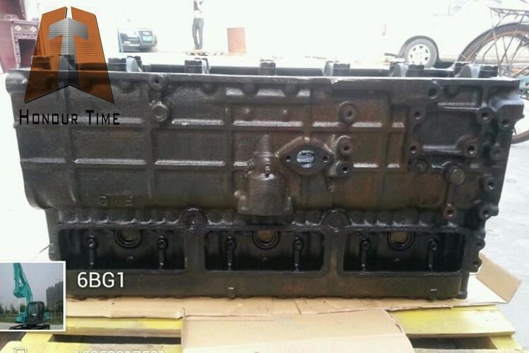 6BG1 cylinder blocK.jpg