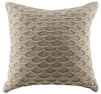 2015 fashion home decor fish scale design cotton Knitted cushion