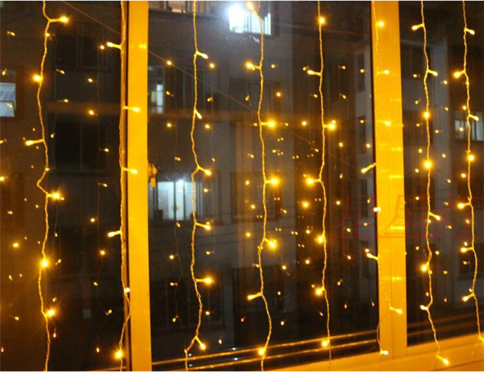 led falling icicle lights led dripping icicle lights led icicle light. Black Bedroom Furniture Sets. Home Design Ideas