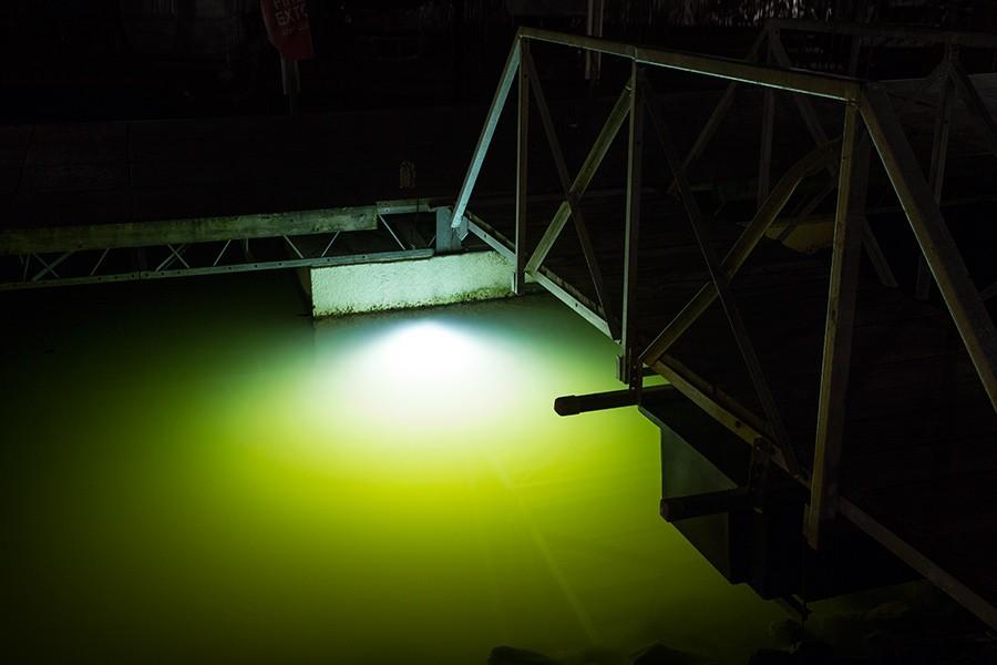 waterproof 12v120w led boat dock light 316l stainless. Black Bedroom Furniture Sets. Home Design Ideas