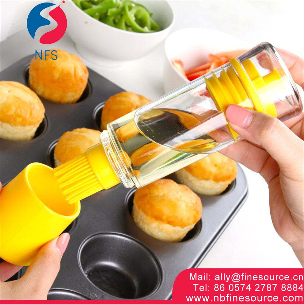 Good Quality Kitchen Tool Cooking Oil Plastic Bottle Healthy Silicone Brush Oil Bottle