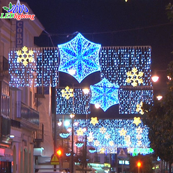 Holiday Lighting Christmas Street Decoration Motif Lights With Snowflakes