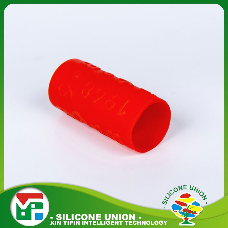 Small volume unique silicone aluminium wine caps
