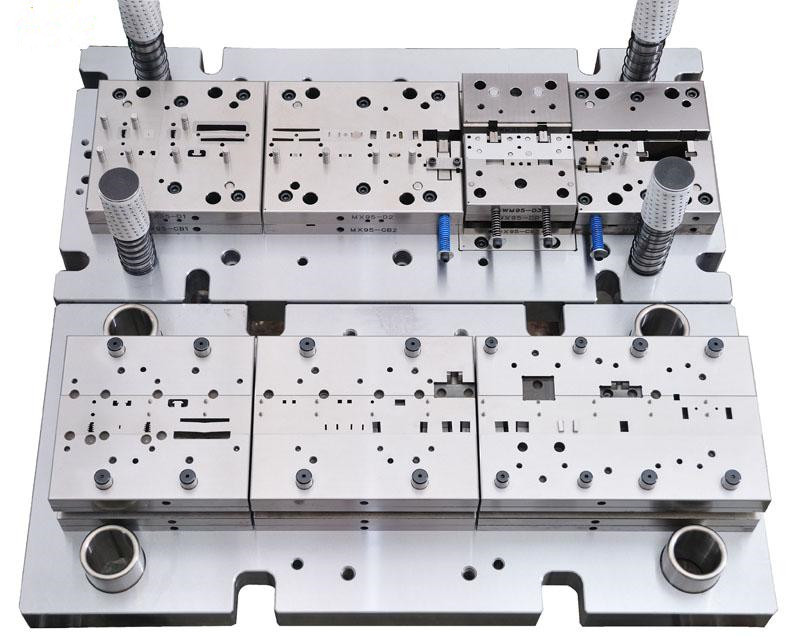 Factory Directly china factory punch press dies tool with over 30 punchers