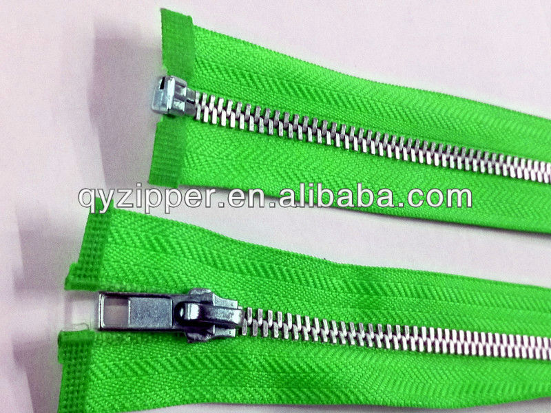 5#quality control metal teeth zipper in textile