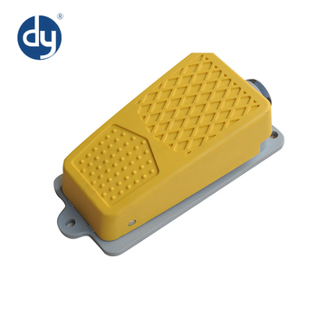 Compact Low Price XF-P03 12V Waterproof Foot Pedal Switch