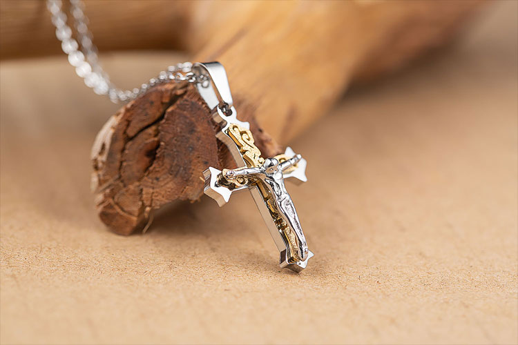 Marlary Stainless Steel Religious Jewelry Catholic Necklace Women Gold Jesus Cross Pendant