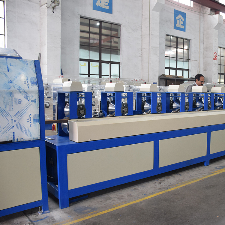Touch screen and servo system paper corner protector making machine