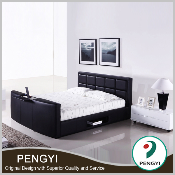 bett fernseher im trittbrett tv bett bett fernseher. Black Bedroom Furniture Sets. Home Design Ideas