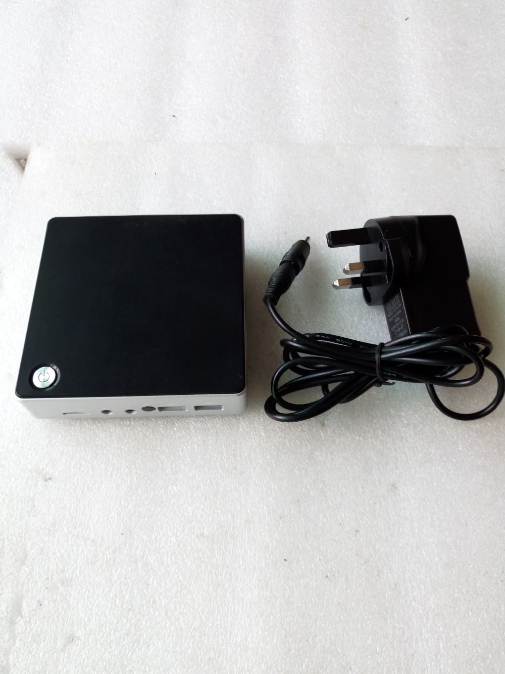 z8300 turbo 1.86 Ghz mini pc with 4g ram mini windows 8 win 10
