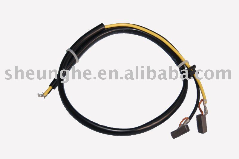 cable assembly with carbon plate carries signals used in industrial equipment