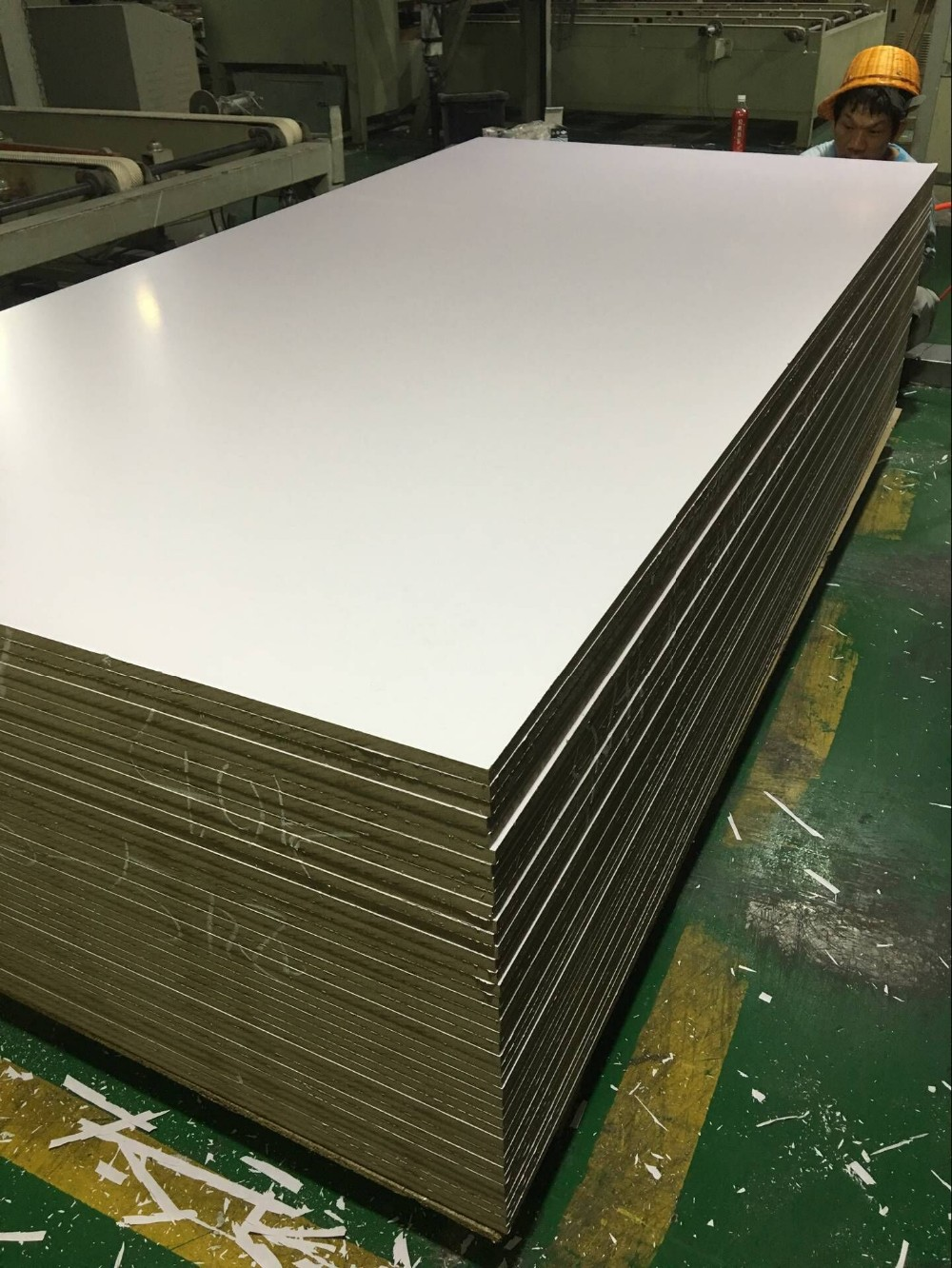 Size mm melamine laminated mdf board in different