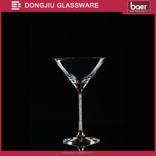 Dongjiu 265ml Hand-made Lead-free Crystal Martini Glass with Diamond Drilled Stem and Gold Deco.