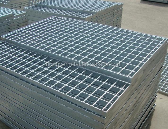 grates floor hr medium pc grate p com plasticrate iv iii plasti crate vetmedicinesforless