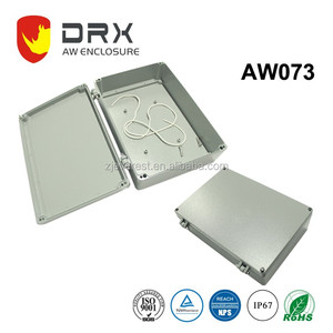 Aluminium junction box with 4 pcb posts