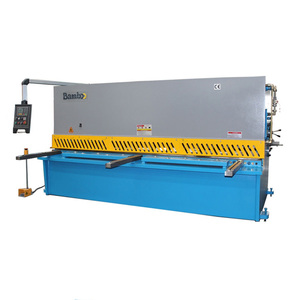 Streamlined looking economical custom design manual guillotine shear