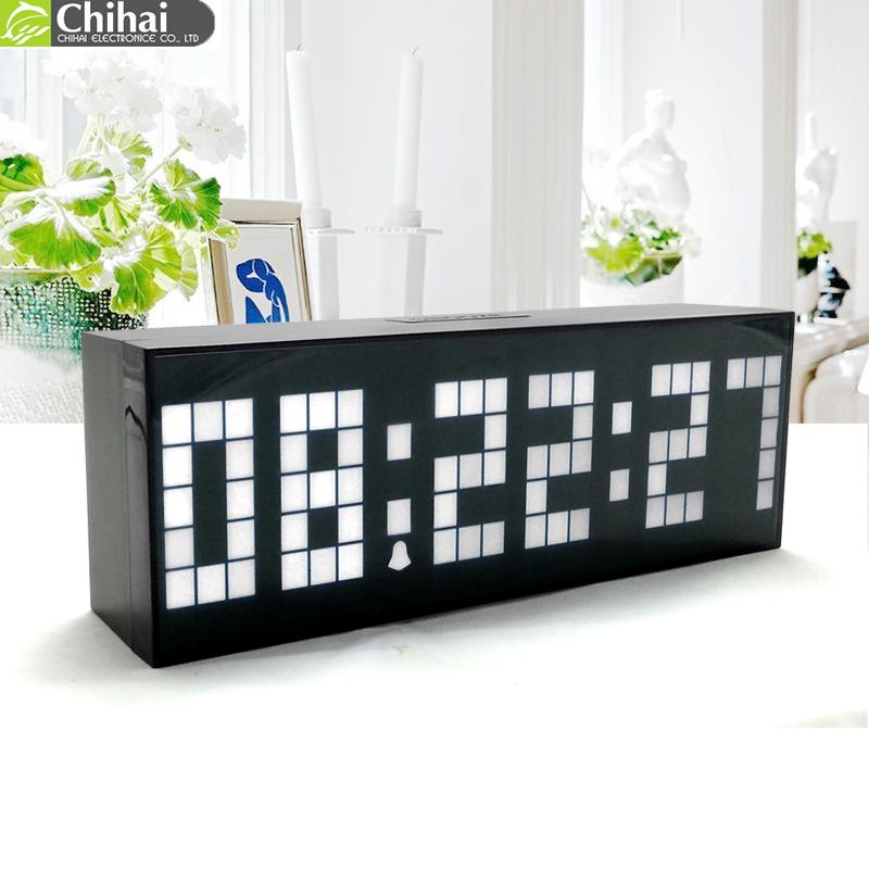 nouveau style moderne horloge num rique lumineuse led alarme horloge mode horloge murale. Black Bedroom Furniture Sets. Home Design Ideas