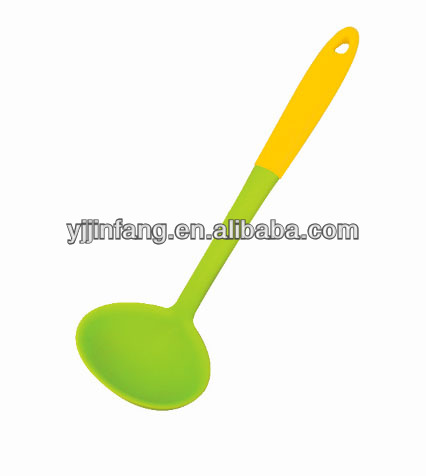 Soup ladles / Silicone kitchen tool sauce spoon in kitchen utensils