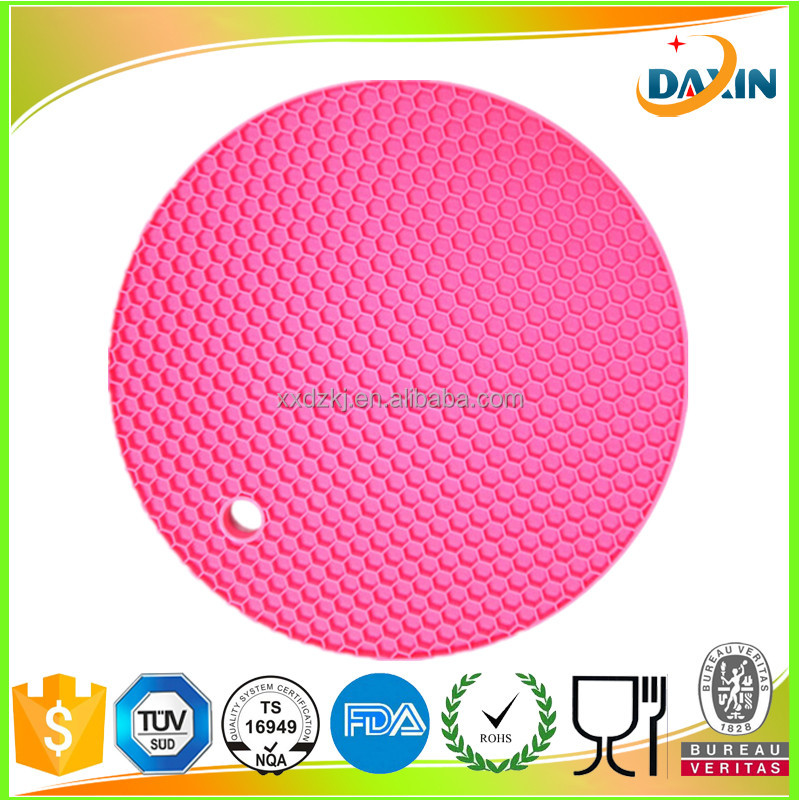 Kitchen utensils silicone rubber pot mats / pot pads / pot holder