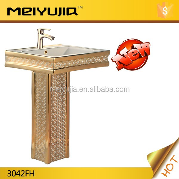 S-trap ceramic bathroom colored wc golden toilet for middle east