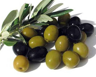 WHOLE OLIVES GREEN OR BLACKS
