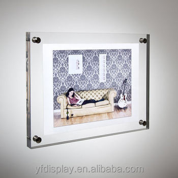 Customized Acrylic/Wooden Wall-mounted Photo frame