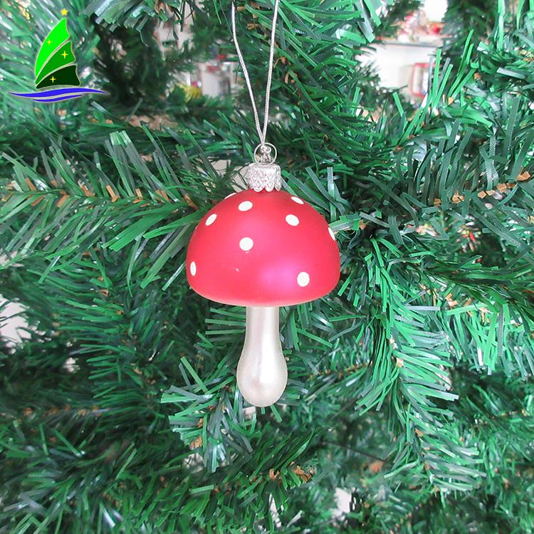 Hand Painted Decoration Ornament Mushroom Wooden Hangers