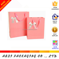 boutique handmade customized fancy print gold stamping Valentine Day gift paper bag supplier