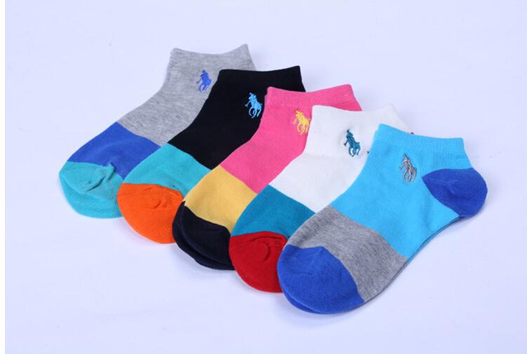 Подарочная коробка inculded 5 пар/лот = 10 шт. женская вышивка носки поло блока хлопчатобумажные носки спорт носки самки Meias
