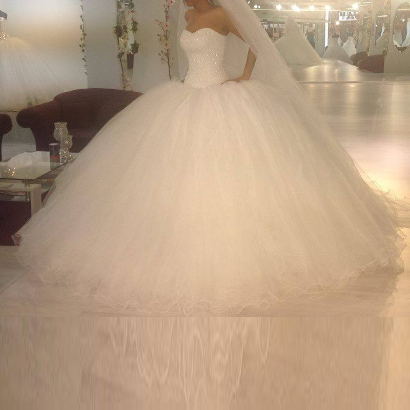 Giant Ball Gown Wedding Dress: Luxury Custom Made Sweetheart Strapless Beading Shining