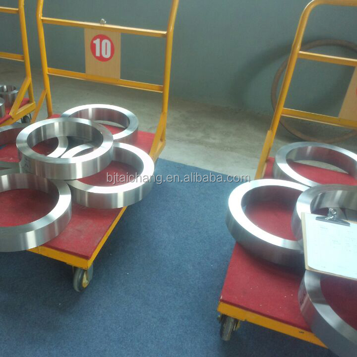 Titanium alloy ring for oil drilling platform is made in china