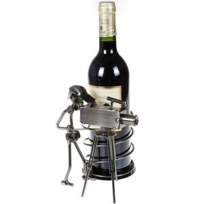 European Style Creative Bar Decoration Cameraman Shape Wine Rack Holder For Promotion Gift