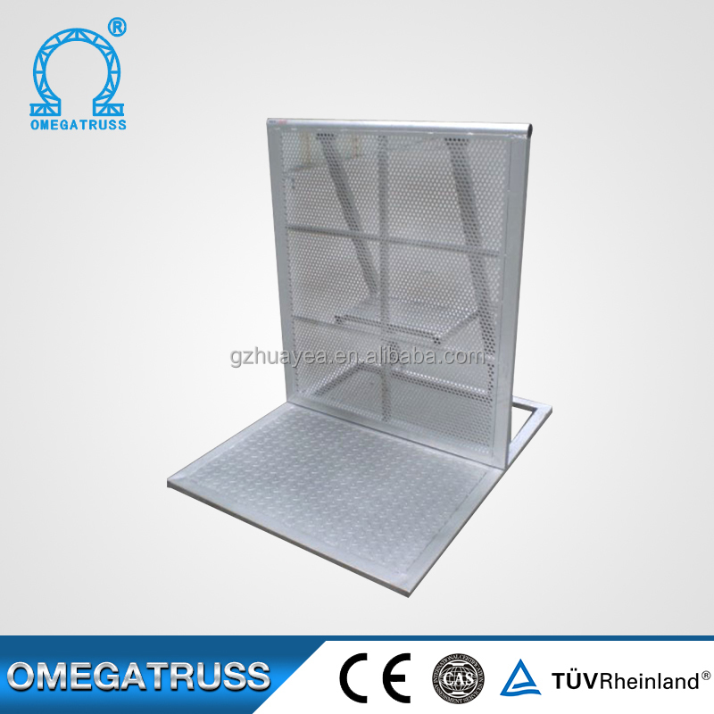 China cheap concert metal traffic barriers plastic