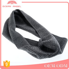 Fashion promotional custom seamless neckerchief unisex grey knitted winter scarf