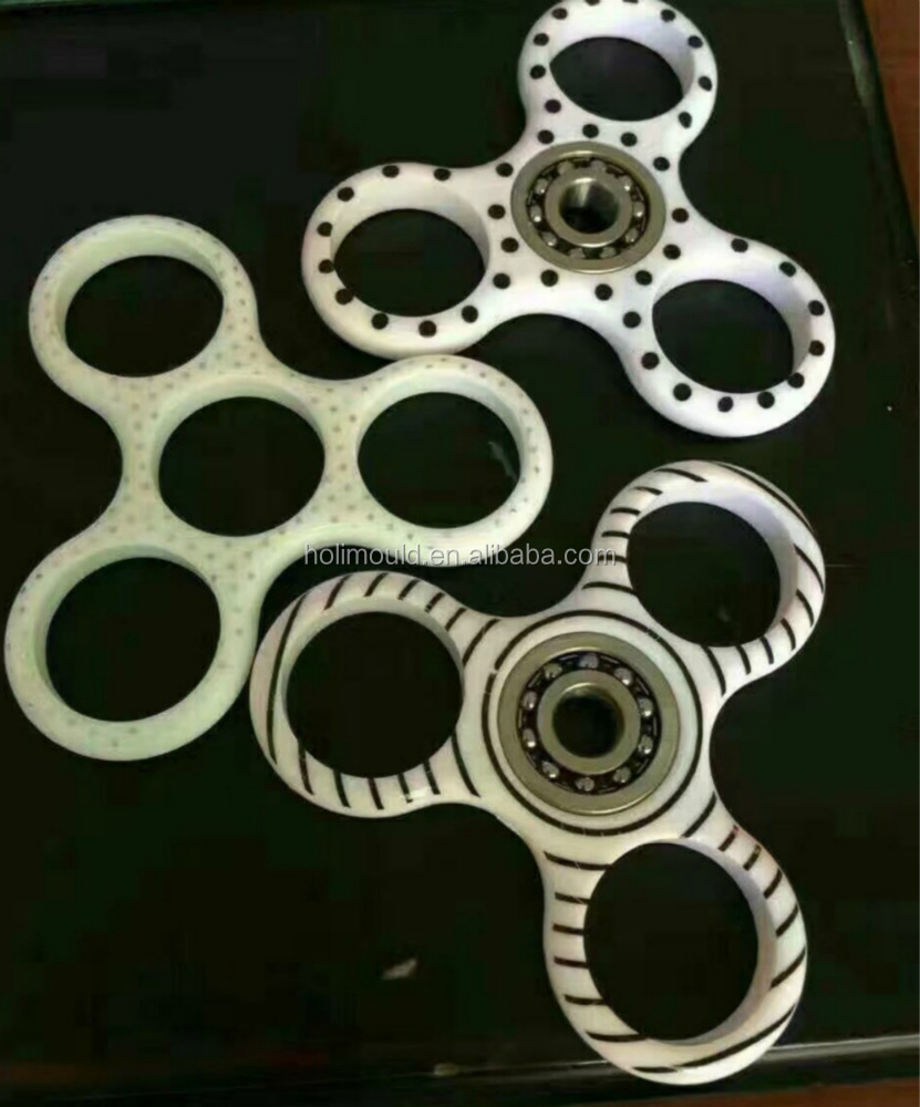 <strong>Mold</strong> factory for the Hand fidget spin toy spinner