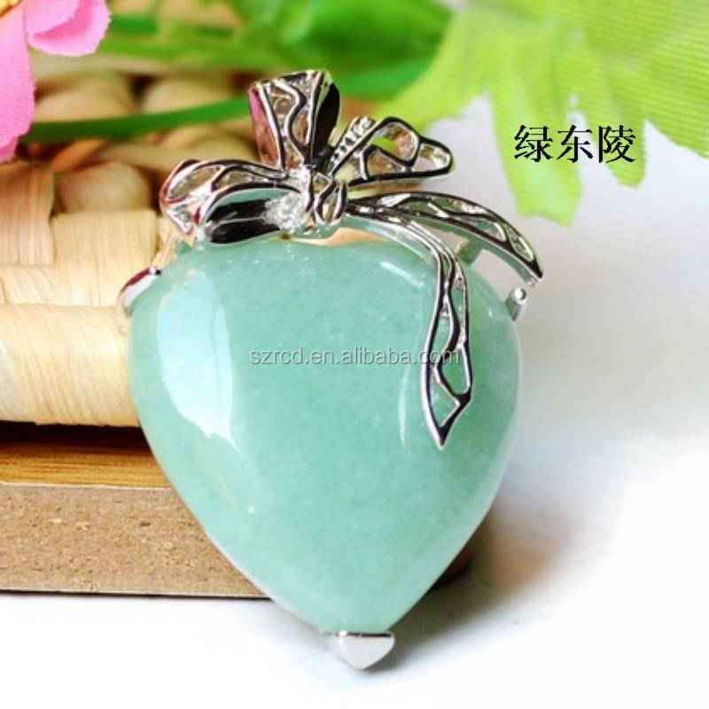 Hot sell green aventurine heart pendant jewelry/ silver pendant/price of green aventurine stone